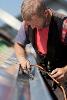 Dachklempner für Dachdeckerarbeiten in Rostock Dachdecker